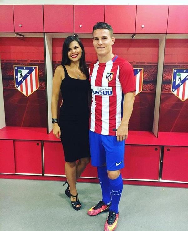 Lina & Kevin Gameiro lors de sa présentation à l'Atletico de Madrid!