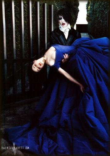 The Golden Age Of Grotesque / ⊱Para-noir Marilyn X Dita⊰  (2003)