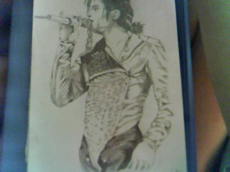 Voila mon dernier dessin en date =)