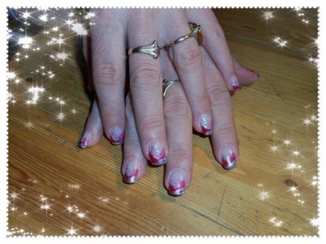 Remplissage  1mois avec rallongement de 3 ongles au chablon