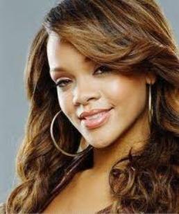 Rihanna VS Beyonce !  ♥