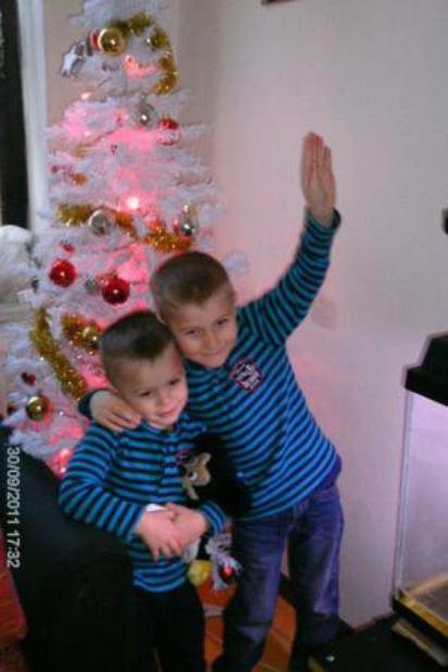 mon fieule et mon neveux !!!