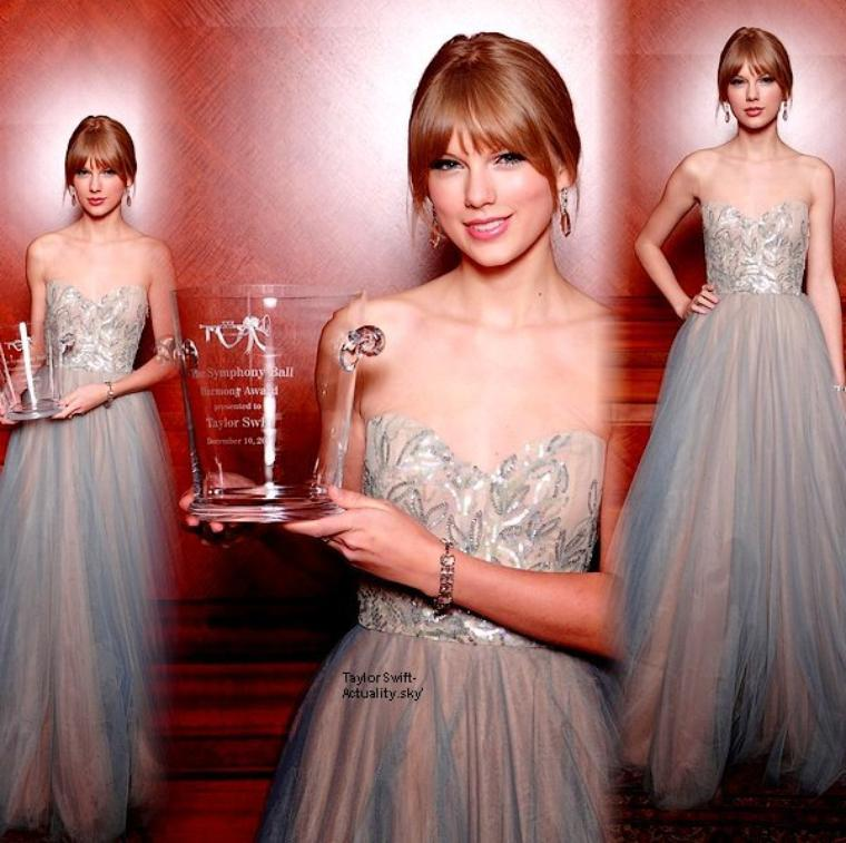 Le-10-Decembre-Taylor-etait-ravissante-a-la-27-ceremonie-des-Symphony