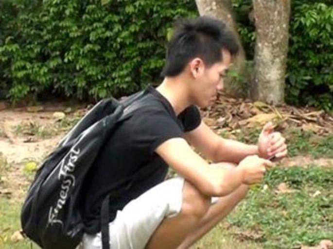 2 POTES THAILLANDAIS BIEN COOLS  (JE KIF LES THAILLANDAIS UN PEUPLE SUPER)