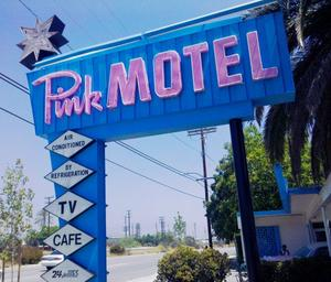 Le Pink motel