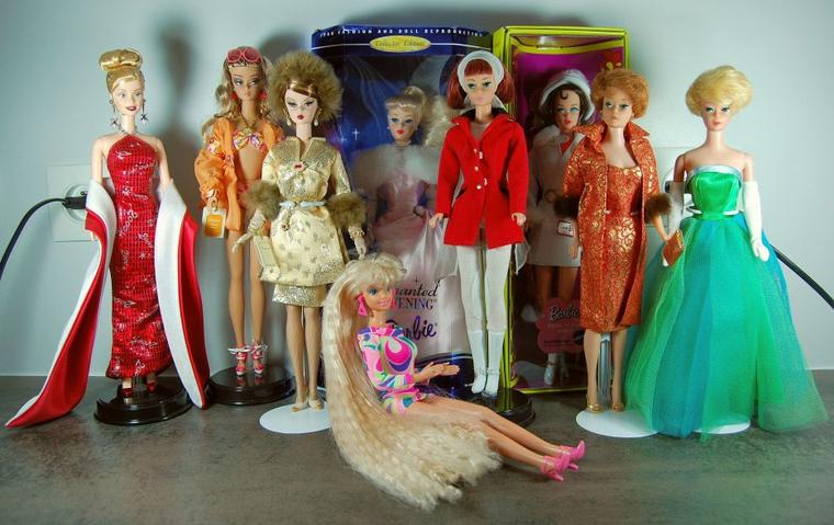 mon 'énorme' collection de barbies