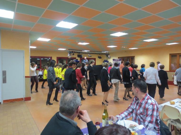 Soirée dansante du Handball Club Digoin