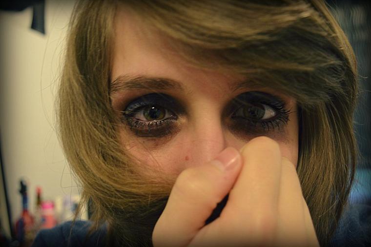 Des larmes de douleurs.