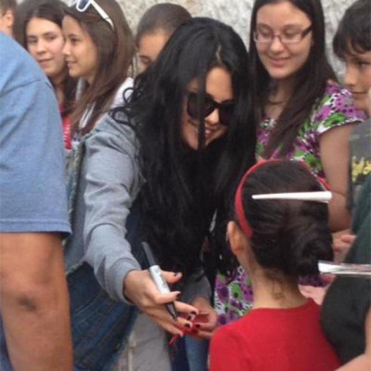 Selena Gomez j'espère pas que tu vas le faire tout les jours !