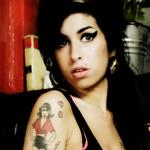 Article Hors sujet : Amy Winehouse.