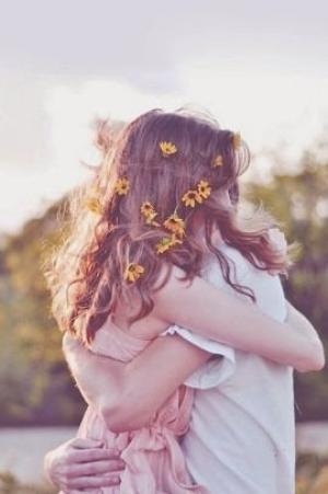 Mon c½ur me dit que je l'aime, ma raison que je ne devrais plus...