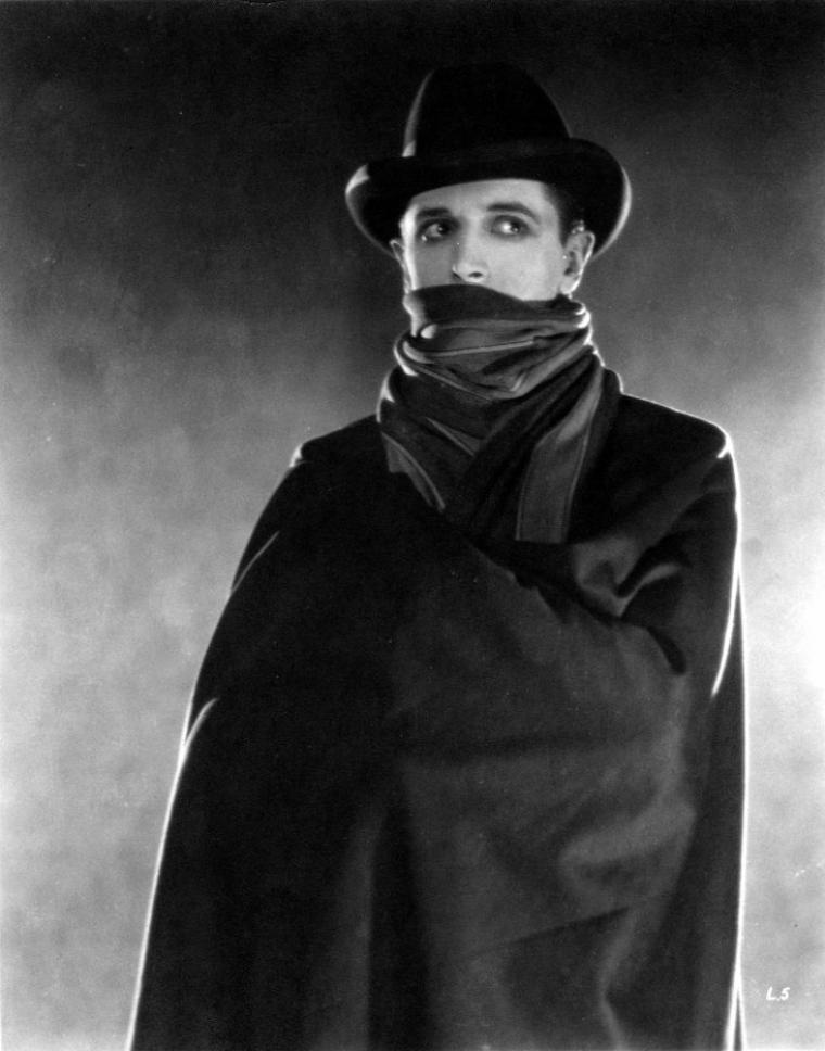 The lodger : a story of the London fog
