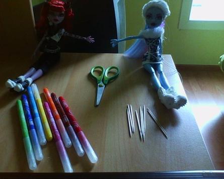 Tuto Crayons Monster High
