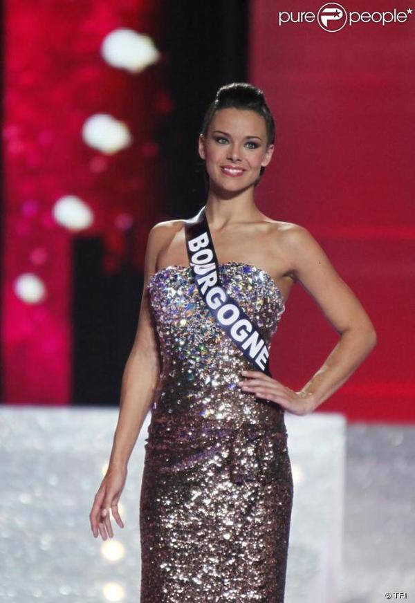 Toutes les tenues de Marine lors de l'élection de Miss France 2013