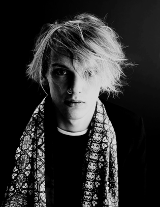 ➽ JAMIE CAMPBELL BOWER