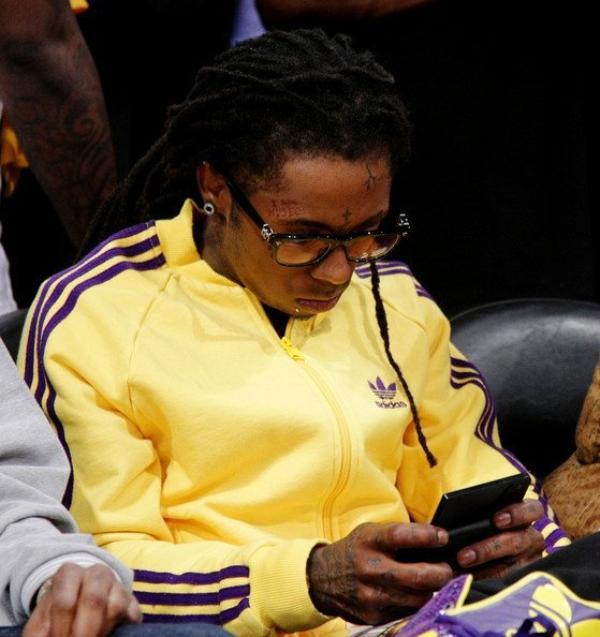 ๑ Video: Lil Wayne peut ne pas se retirer de la musique de sitôt.