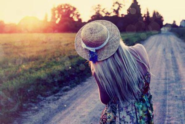 Et si c'était ça le bonheur, pas même un rêve, pas même une promesse, juste l'instant..
