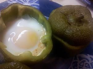Kiumy: oeufs cocottes en habit de poivrons ou ramequins