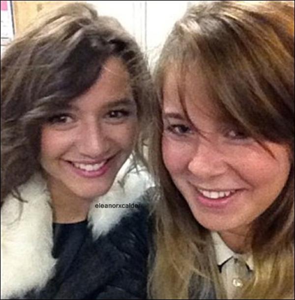 22/09/2012 - Eleanor était avec une amie