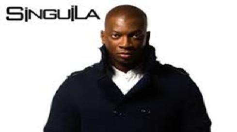 """Singuila en concert """"Rossignol"""" à Kinshasa"""