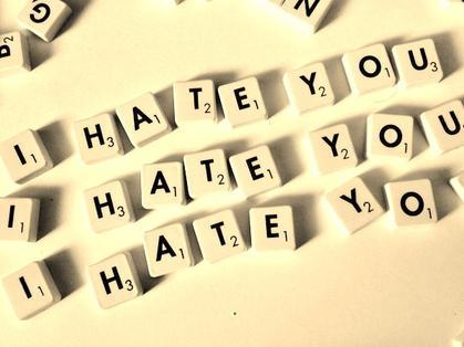 """Chapitre 6: """"L'envie explique la haine."""" [Louis-Philippe Robidoux]"""