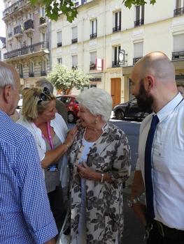 Line Renaud - Un après-midi sous la chaleur du public et du soleil à Saint Maur en Poche