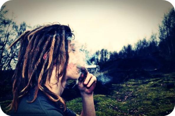 Combat le diable avec cette chose que l'on appelle l'amour.Bob Marley
