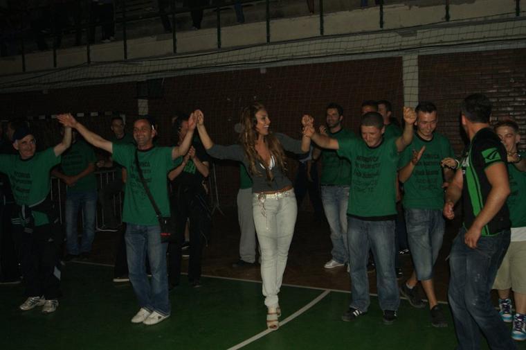 Genta Ismajli - Koncert humanitar ne Mitrovic - 20.06.11