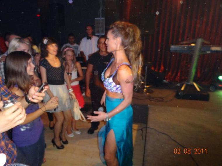 Genta Ismajli - Koncert ne Brera Club, Mitrovice - 02.08.11