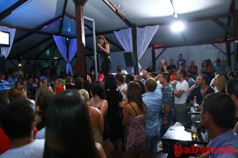 Genta Ismajli - Babylonia Disco Club - 11.10.11