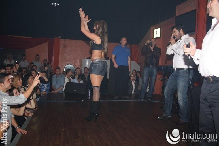 Genta Ismajli - Alba-Nights Party - 05.11.11
