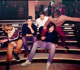 Chapitre 5 ... Harry , ou le mec le plus parfait ... ♥♥