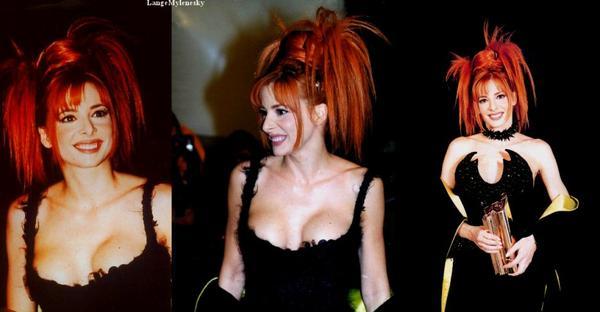 Les victoires de Mylène aux Nrj Music Awards (Je me demande à chaque fois pourquoi moi ? ; On ma dit si tu reçois un prix ne pleure pas...M.F) ♥♥
