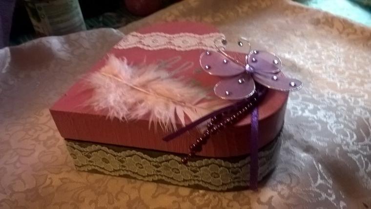 Une jolie boîte à bijoux