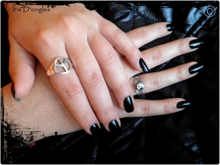 Juste noir...