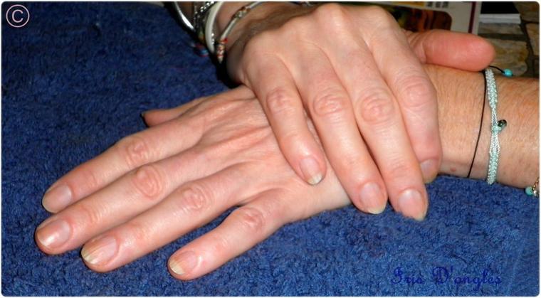 Les ongles de maman Iris, avant - après !