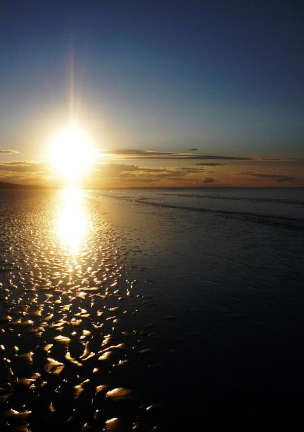 L'Astre Salue La Mer