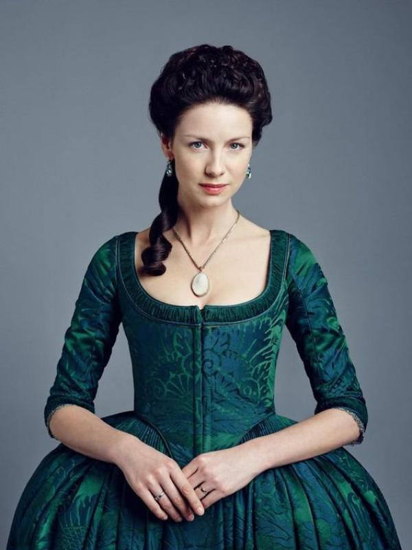 """""""Outlander"""" : Les Tenues Printanières de Claire"""