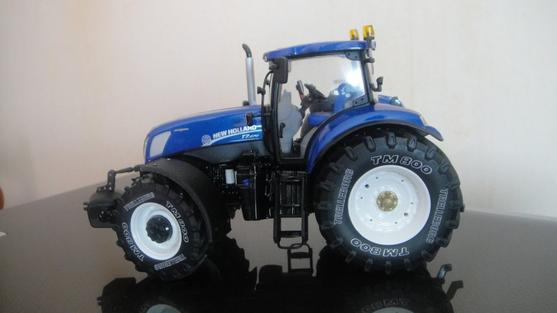 NEW HOLLAND.  t7 .270