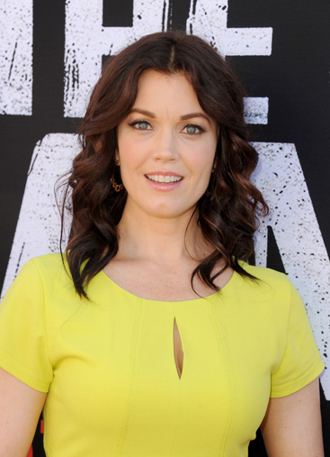Biographie de Bellamy Young