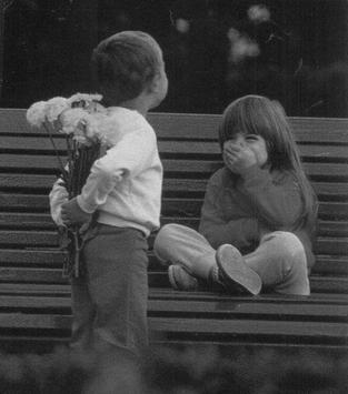 De toutes les manières que l'homme a trouvé de se faire du mal à lui-même, l'Amour est la pire.