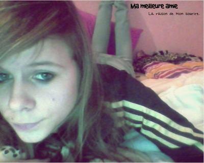 « On fait semblant d'être heureux, de sourire pour se sentir mieux... » ♥