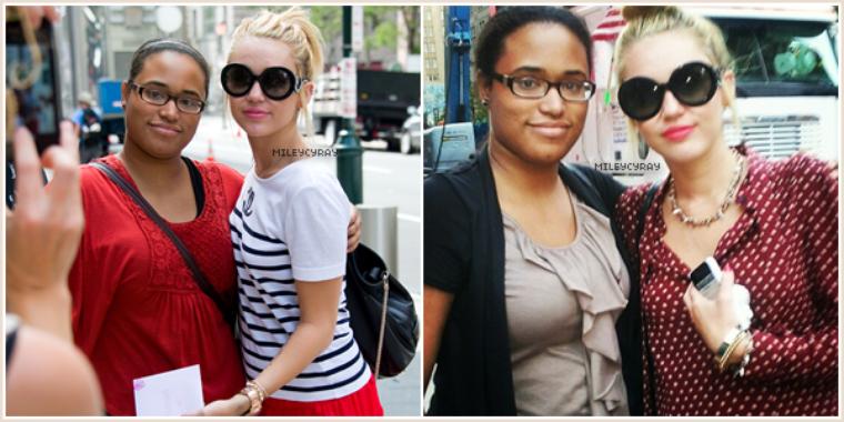 Découvrez les dernières photos de Miley accompagnée de ses fans :