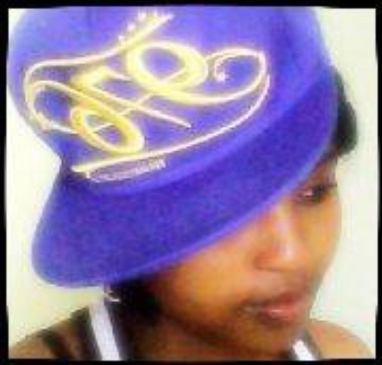 ♥ ╔═.✿.════════╗La princesse des îles╚════════.✿.═╝♥