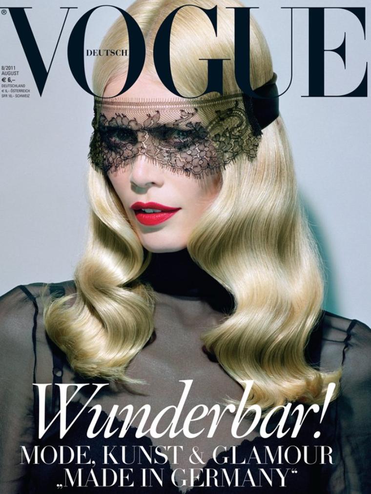 Claudia Schiffer | Vogue Allemagne Août 2011