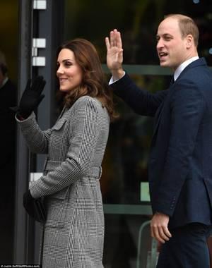 William & Catherine - Manchester , le 06 Décembre 2017 _ Suite