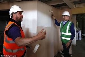 Prince William - Joins Crew Of DIY SOS For Grenfell Special , le 15 Mai 2018