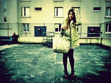 - La nostalgie vient lorsque le présent n'est plus à la hauteur du passé. ♥