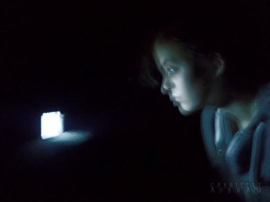 Lumière absorbe moi
