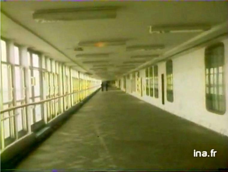 Vidéo de 1977 à l'intérieur du paquebot  FRANCE - On board SS FRANCE 1977 in LE HAVRE